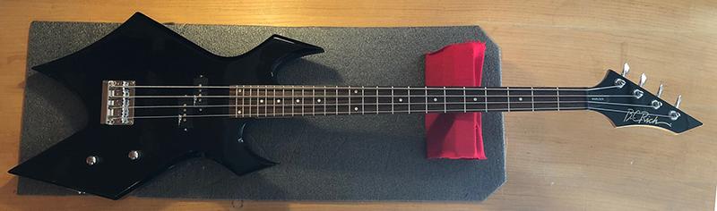 BC Rich Warlock Bass
