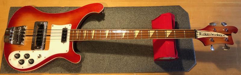 Rickenbacker 4003 bass guitar