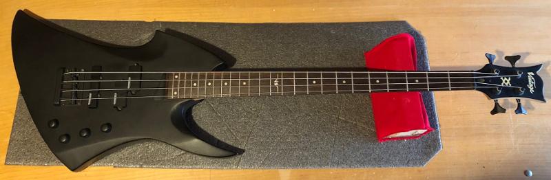 Vintage Active Bass