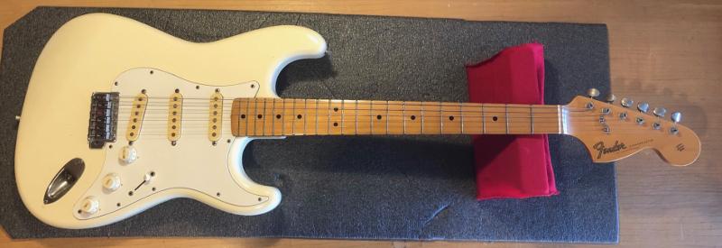 fender stratocaster vintage 70's