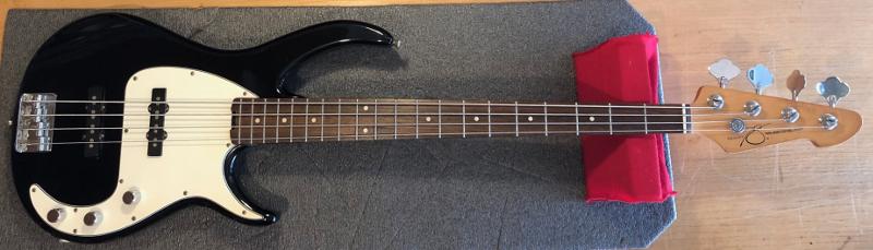 Peavey Bass