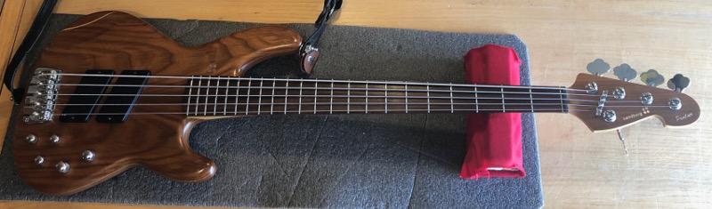 Sandberg Panther Bass